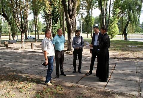 Современный вид приобретет сквер на жилом массиве «Черемушки» в Каменском Днепродзержинск