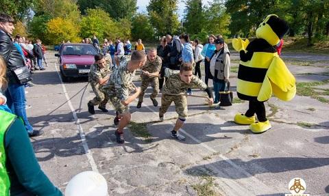 Патриотический праздник для жителей Каменского провела ПП «Бджола» Днепродзержинск