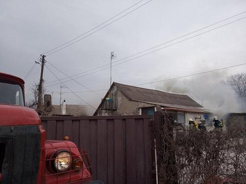 Спасатели поблагодарили мужчину за спасение детей на пожаре в Каменском Днепродзержинск