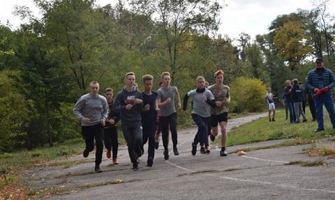 Каменские студенты провели легкоатлетический кросс Днепродзержинск