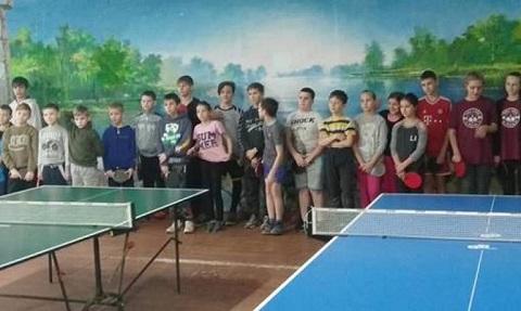 В г. Каменское стартовали соревнования теннисистов Днепродзержинск