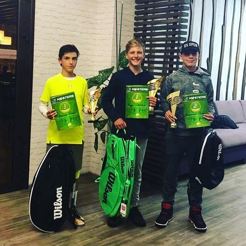 Каменские теннисисты выступили в Буче на «Итоговом Мастерсе» Днепродзержинск
