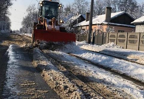 В непогоду КП «Трамвай» г. Каменское проводил работу на линии Днепродзержинск