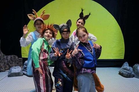 Юные актёры г. Каменское отправились на всеукраинский фестиваль Днепродзержинск