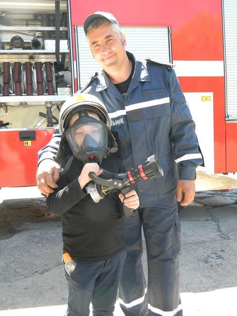 Воспитанники УВК из г. Каменское познакомились с пожарно-спасательным делом Днепродзержинск