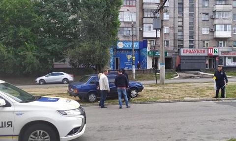 В Каменском автомобиль «ВАЗ» сбил пешехода Днепродзержинск