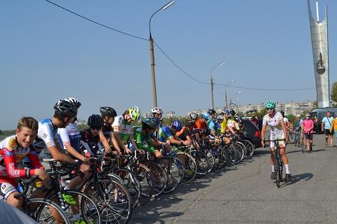 В Каменском провели велочемпионат области Днепродзержинск
