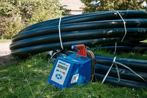 Каменский «Горводоканал» проводит замену труб водопровода в Карнауховке Днепродзержинск