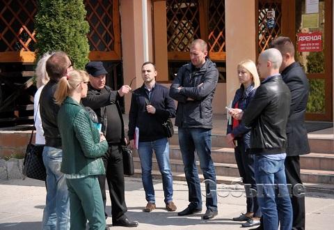 В Каменском ВОК «Русалка» предложили демонтировать забор Днепродзержинск