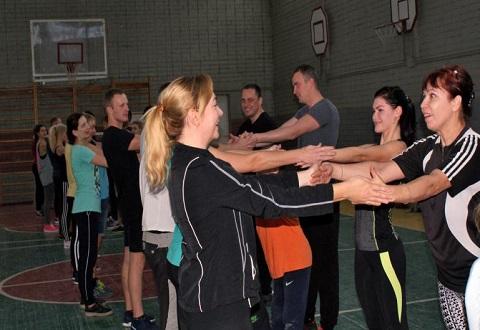 Воскресную тренировку по воркауту посетил мэр Каменского Днепродзержинск