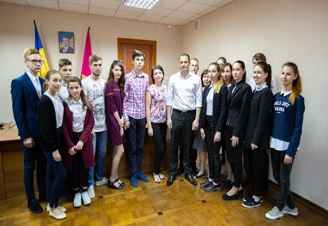 В Каменском прошел круглый стол по вопросу развития молодежного самоуправления Днепродзержинск
