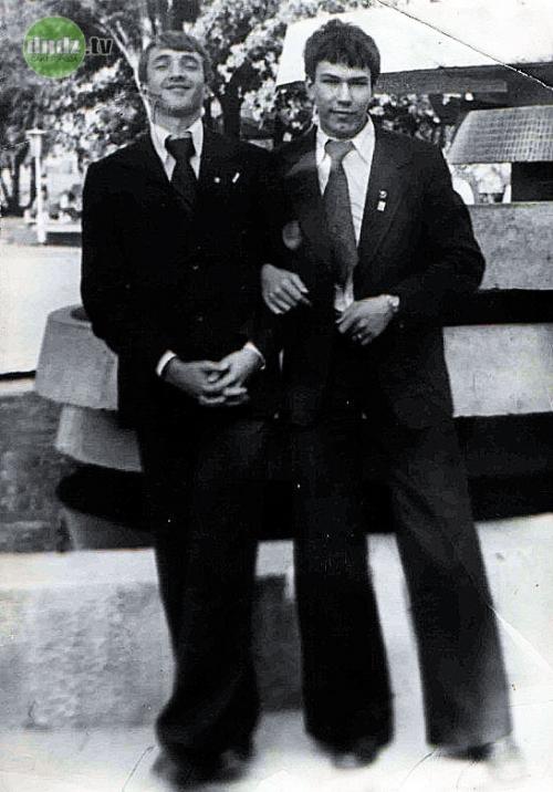 С Александром Дерипаско, школьным товарищем